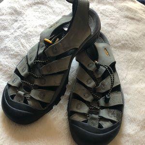 Keen all terrain sandals W9.5